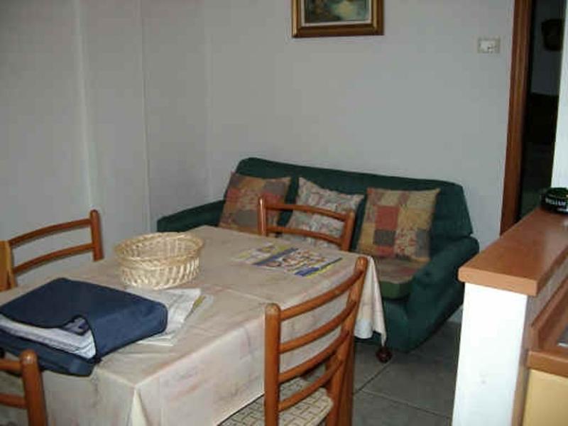 Bagno Con Doccia Al Centro : Appartamenti bagni giallo sole bagni giallo sole n° 40