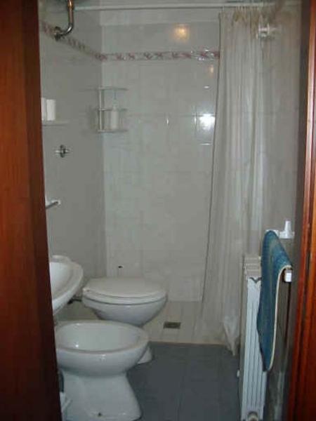 Appartamenti bagni giallo sole bagni giallo sole n 40 - Bagno piccolissimo in camera ...